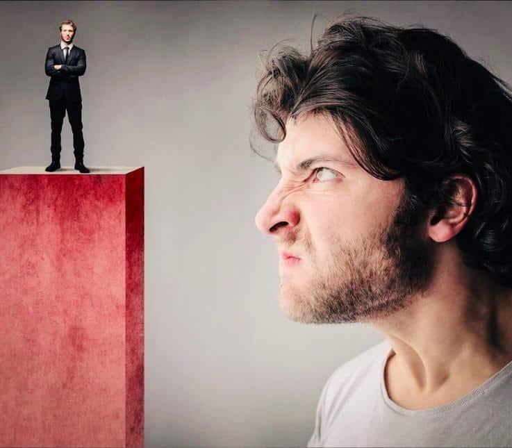 Cómo saber si alguien me tiene envidia - Desarrollo personal - Blog dosis de psicología
