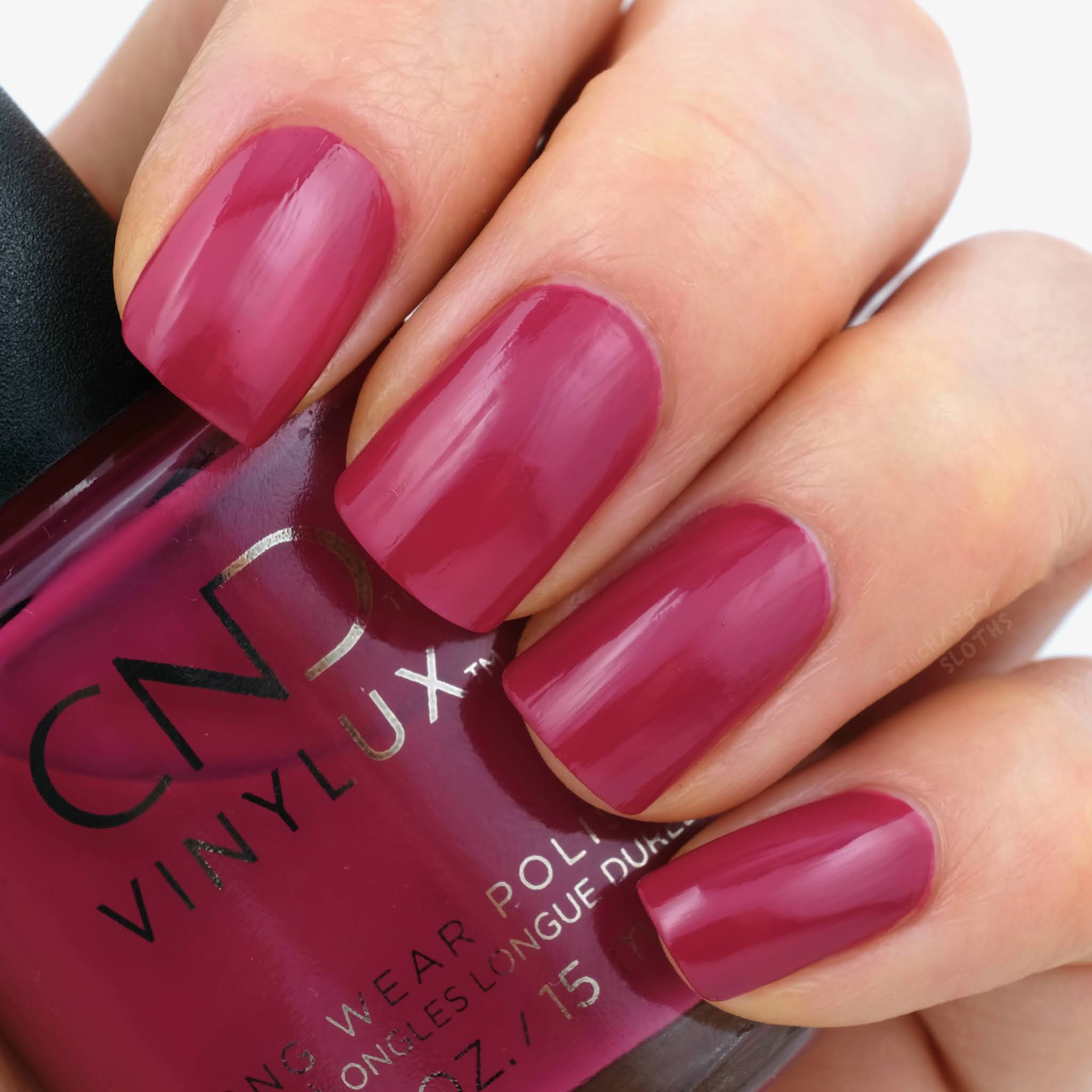 CND | Holiday 2020 Cocktail Couture Collection | How Merlot: Review and Swatches