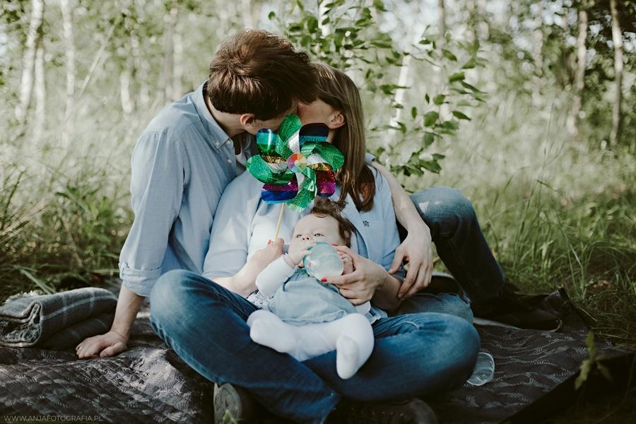 sesja fotograficzna rodziny w łomiankach
