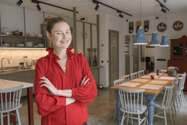 Anni Arro enda stuudioköögis