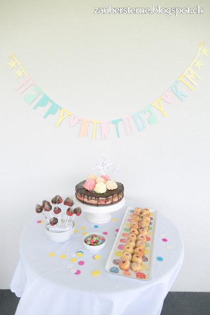Meringue Kuchen, Kindergeburtstag, Konfetti Party, Buchstabengirlande selber machen
