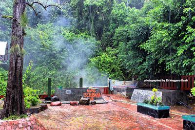 Sumber air panas pemandian Cisolok