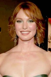 اليسيا ويت (Alicia Witt)، ممثلة ومغنية وعارضة أزياء أمريكية