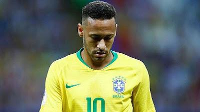 Tite le quita la capitanía a neymar y se la da a Dani Alves