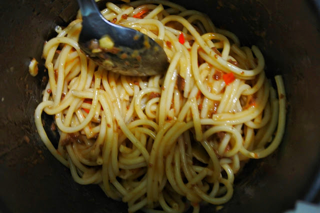 #AlaIlhamTiwi: Spagetti with Chicken and Skippy Sauce