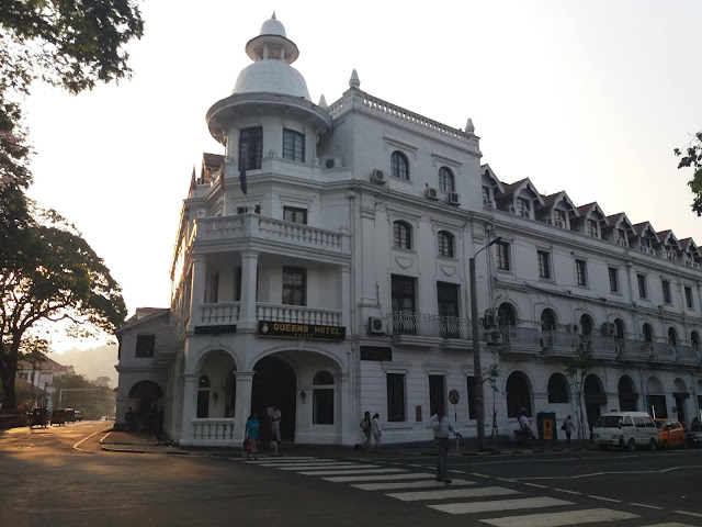 hotel queen kandy