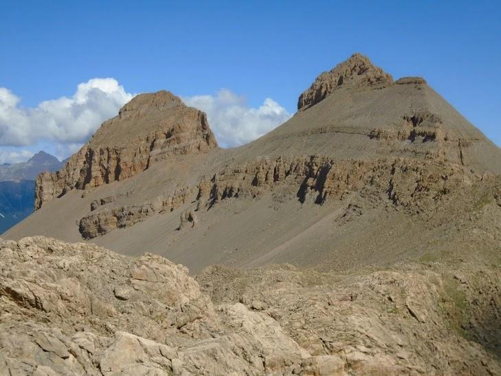 Puntons Royos (2.694 m) y Peña de la Una (2.719 m)
