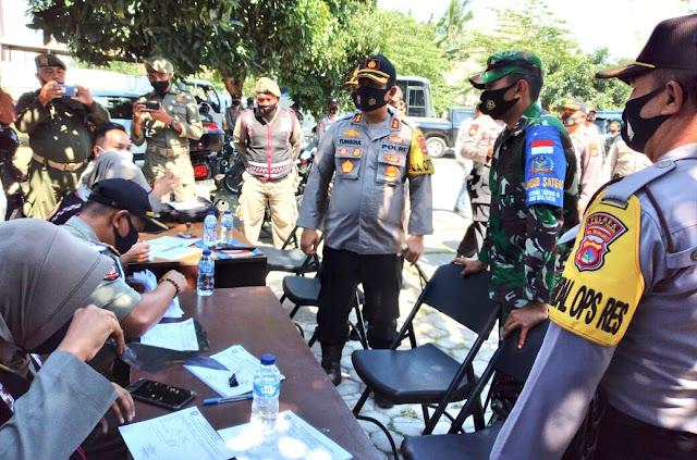 Polisi-TNI gencar lakukan razia protokol kesehatan di Lombok Timur