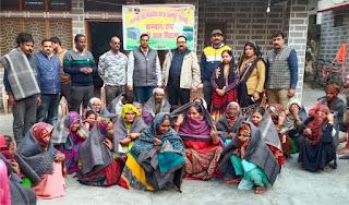 लायंस व लायनेस परिवार ने जरूरतमन्दों में बांटे कम्बल   #NayaSaberaNetwork