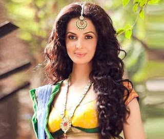 Rukhsar Rehman Family Husband Son Daughter Father Mother Marriage Photos Biography Profile