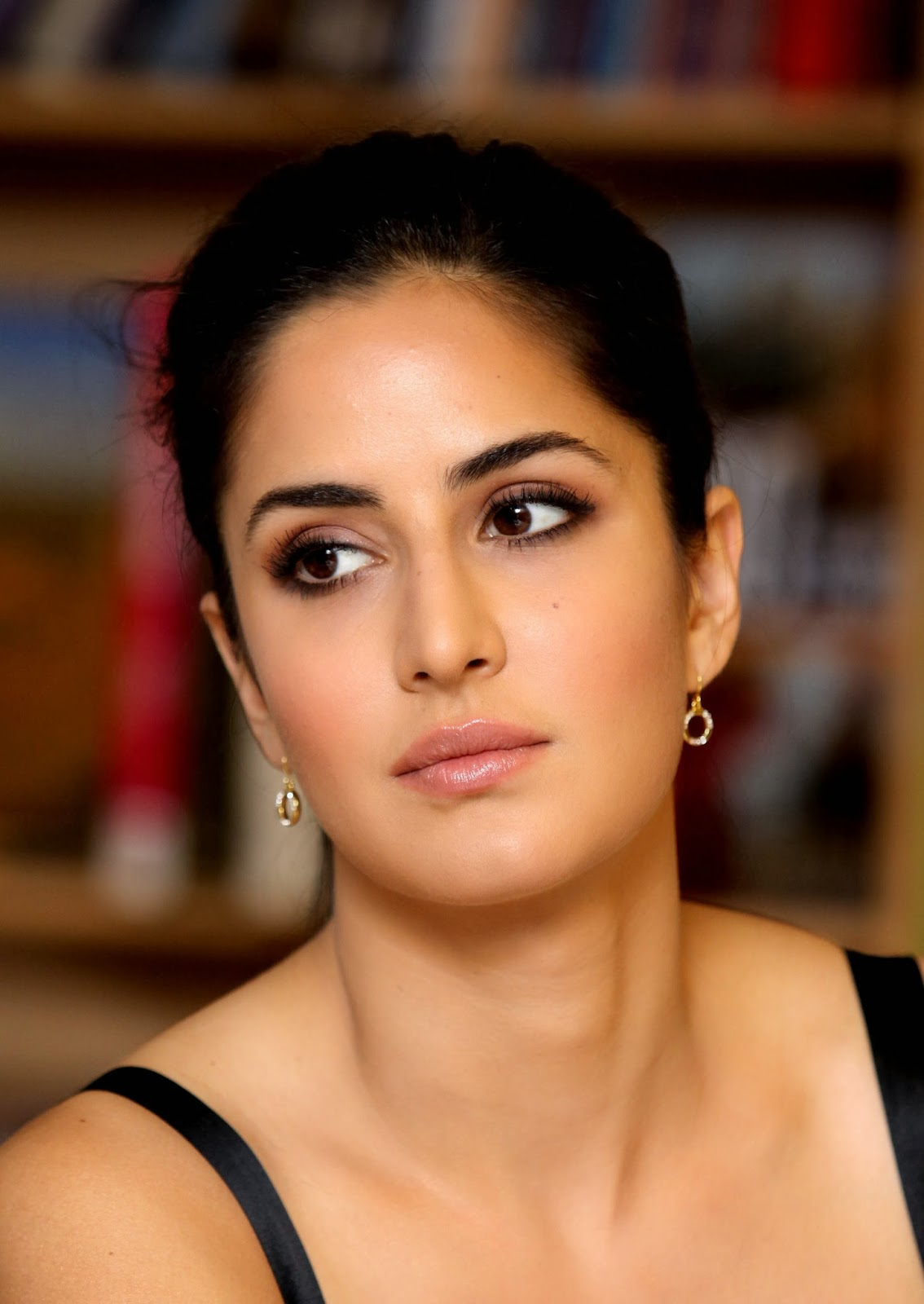 Katrina Kaif Full Hd Hot And Sexy Wallpapers Photos Of Bollywood