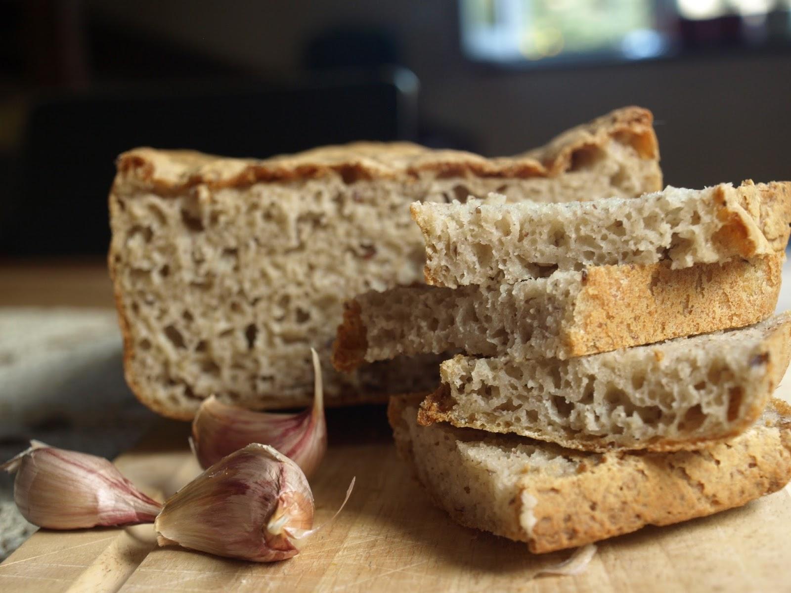 Czy chleb bezglutenowy może być smaczny? + przepis