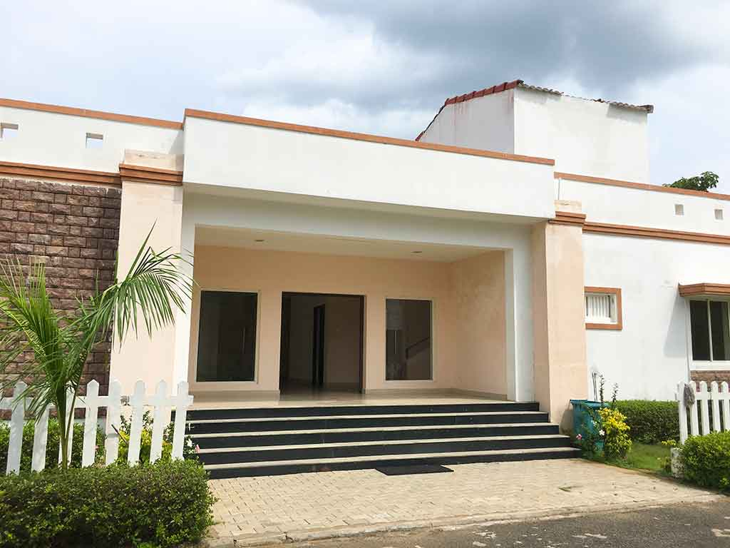 villas for one day rent in ecr