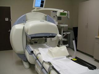 what does a bone scan machine look like