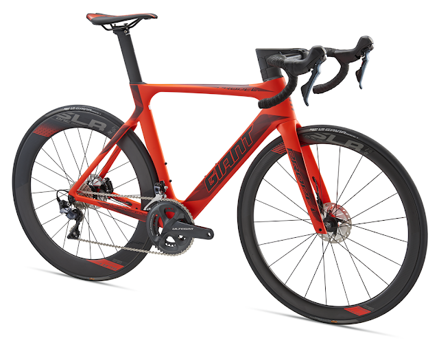 GIANT Propel Advanced Disc para 2018 - Fotos © www.giant-bicycles.com