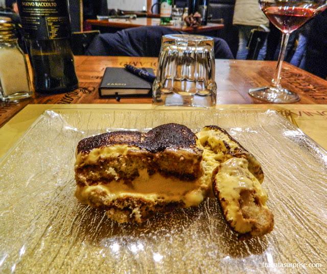 Tiramisù servido no Restaurante Baldovino, em Florença