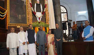 president-unveils-portrait-of-atal-bihari-vajpayee-in-central-hall-of-parliament