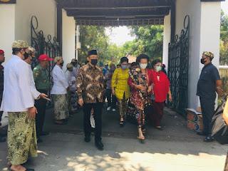 Bersama GKR Hemas, Koordinator KITA hadiri jumenengan Sultan Sepuh ke 15 Keraton Kasepuhan Cirebon