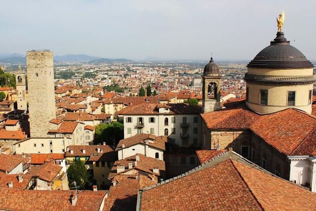 Torre Gombito y Duomo de Bergamo
