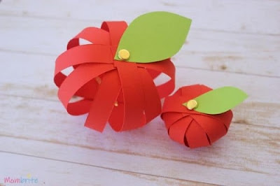 3D Paper Apples by Mombrite
