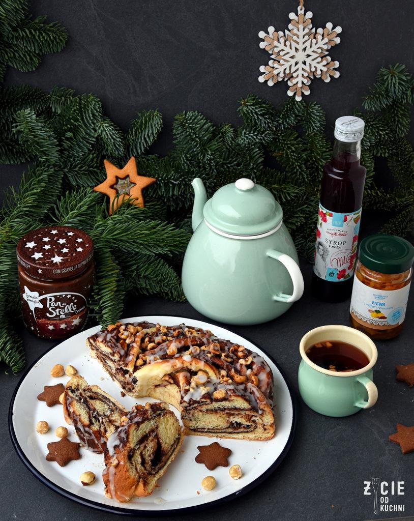 zycie od kuchni, blog zycie od kuchni, wigilia, wspieram gastro, boze narodzenie, jak latwo przygotowac wigilijna kolacje, sok malinowy, ciasto drozdzowe, pigwa w syropie, do kawy, do herbaty