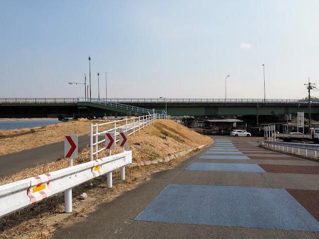 利根川 水郷大橋