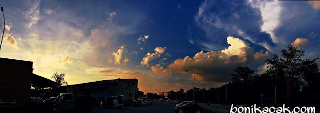 Pencinta Pemandangan Langit Dan Bumi