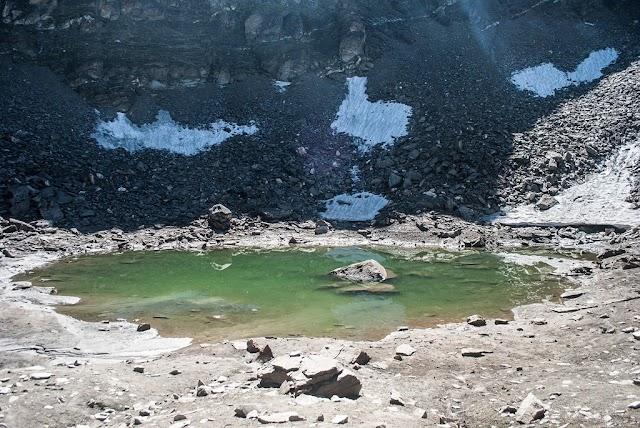 Mysterious giant bone lake on the Himalayan peak