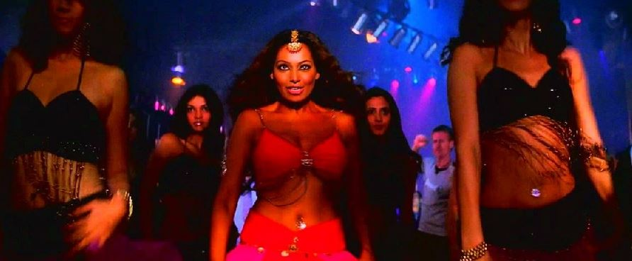 5 acrtress who played bar dancer role in bollywood films