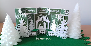 847. White Christmas (3) in green:)