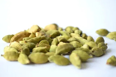 Herbal benefits of cardamom