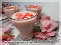 http://gourmandesansgluten.blogspot.fr/2016/10/verrine-rose-aux-poires-et-pralines.html