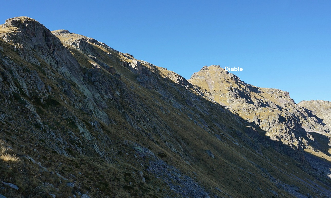 Southern flank of Cime du Diable