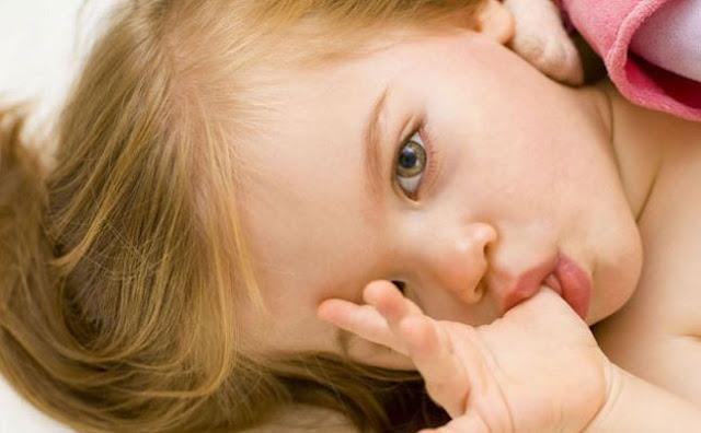مص الأصابع لدى الأطفال والعلاج