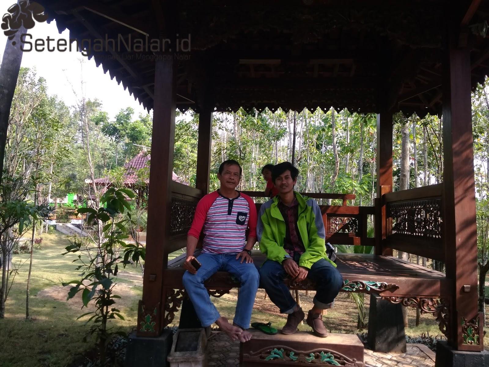 Berwisata Sambil menggali Budaya Sunda yang Islami  Di Kampung Bali Garut.
