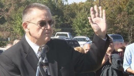 Juez cristiano renuncia a su cargo tras negarse a casar parejas homosexuales