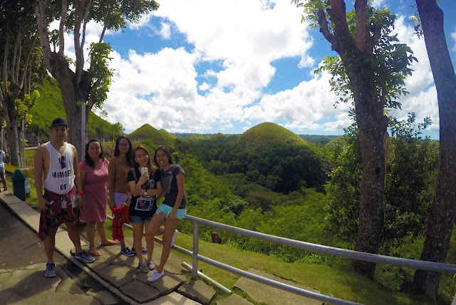 chocolate hills in tagbilaran bohol