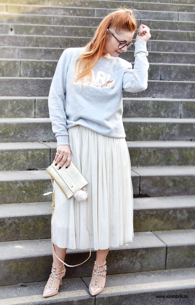 Hellgrauer Karl Lagerfeld Sweater, Outfit mit Tüllrock