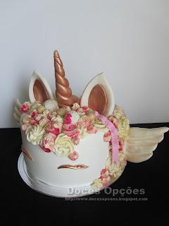 bolo unicornio com asas