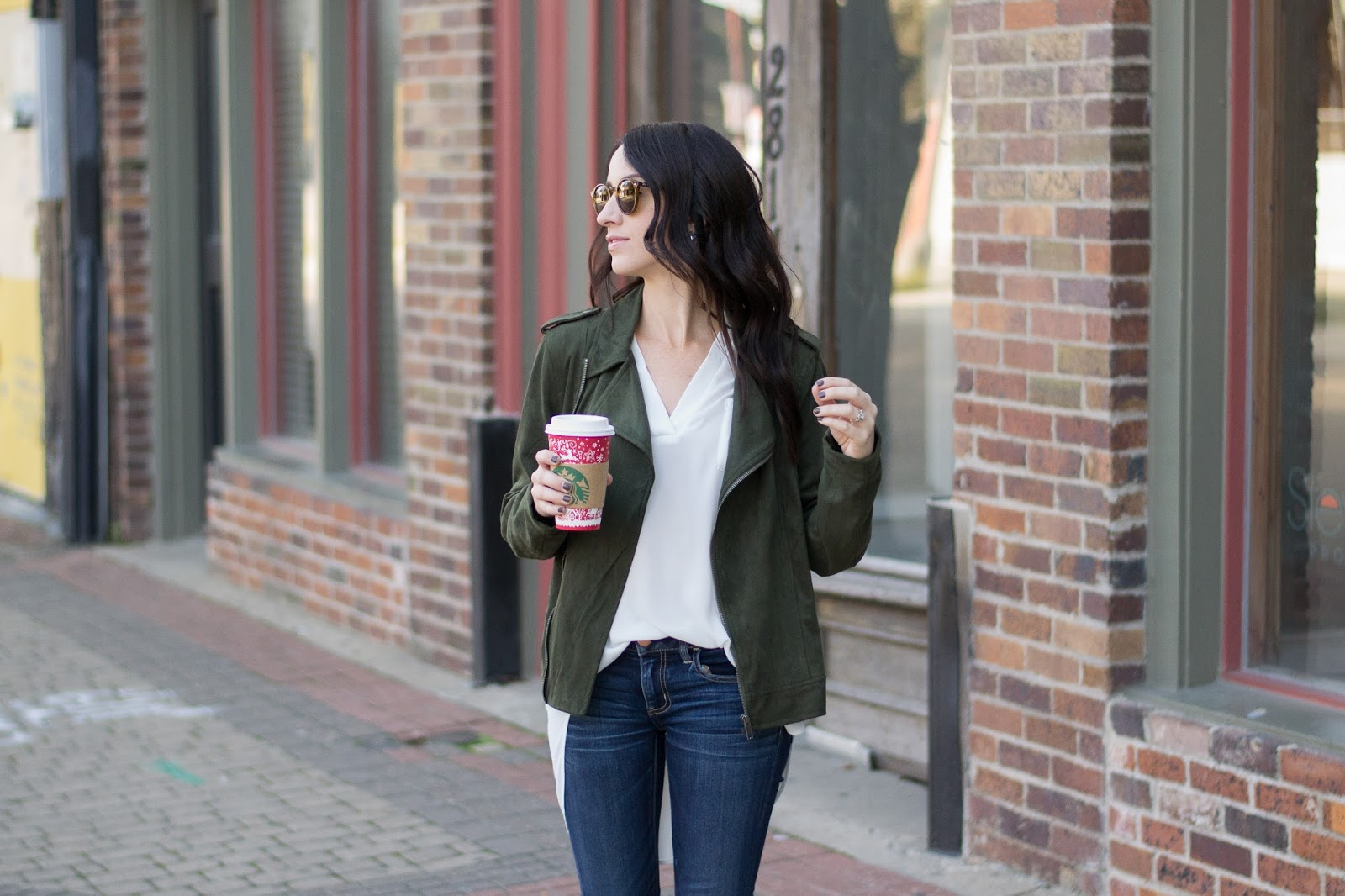 Casual Fall Style in Moto Jacket, booties and Ray bans