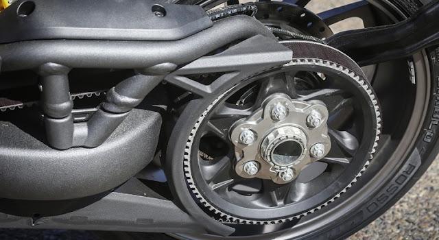 Ducati XDiavel: Ducatminator