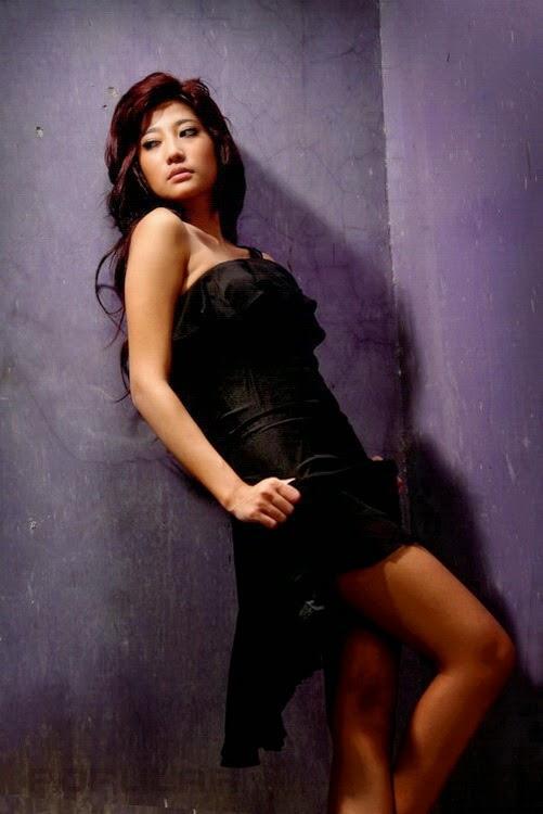 Mata Lelaki: Adelia Rasya On Popular Magazine Part.01