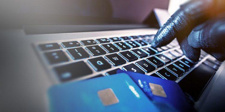 Συναγερμός στις επιχειρήσεις για ηλεκτρονικές απάτες