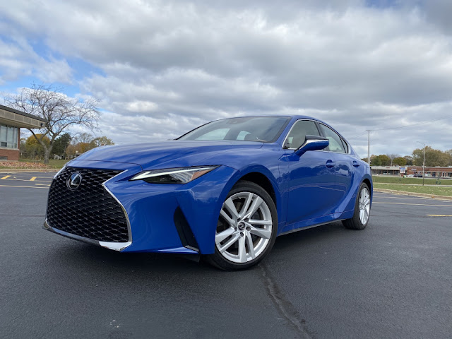 2021 Lexus IS Review