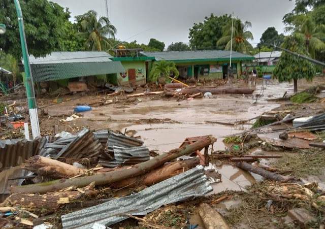 East Flores hit by flash floods