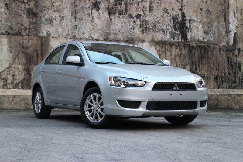 Review: 2013 Mitsubishi Lancer EX GLX A/T | Philippine Car ...