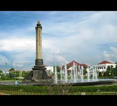 akcayatour, Tugu Muda, Travel Malang Semarang, Travel Semarang Malang