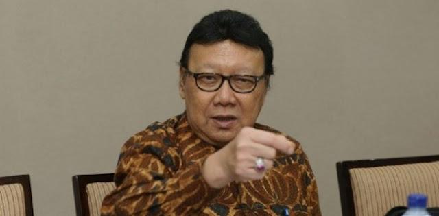 Tjahja Kumolo Ditunjuk Jokowi Jadi Plt Menkumham