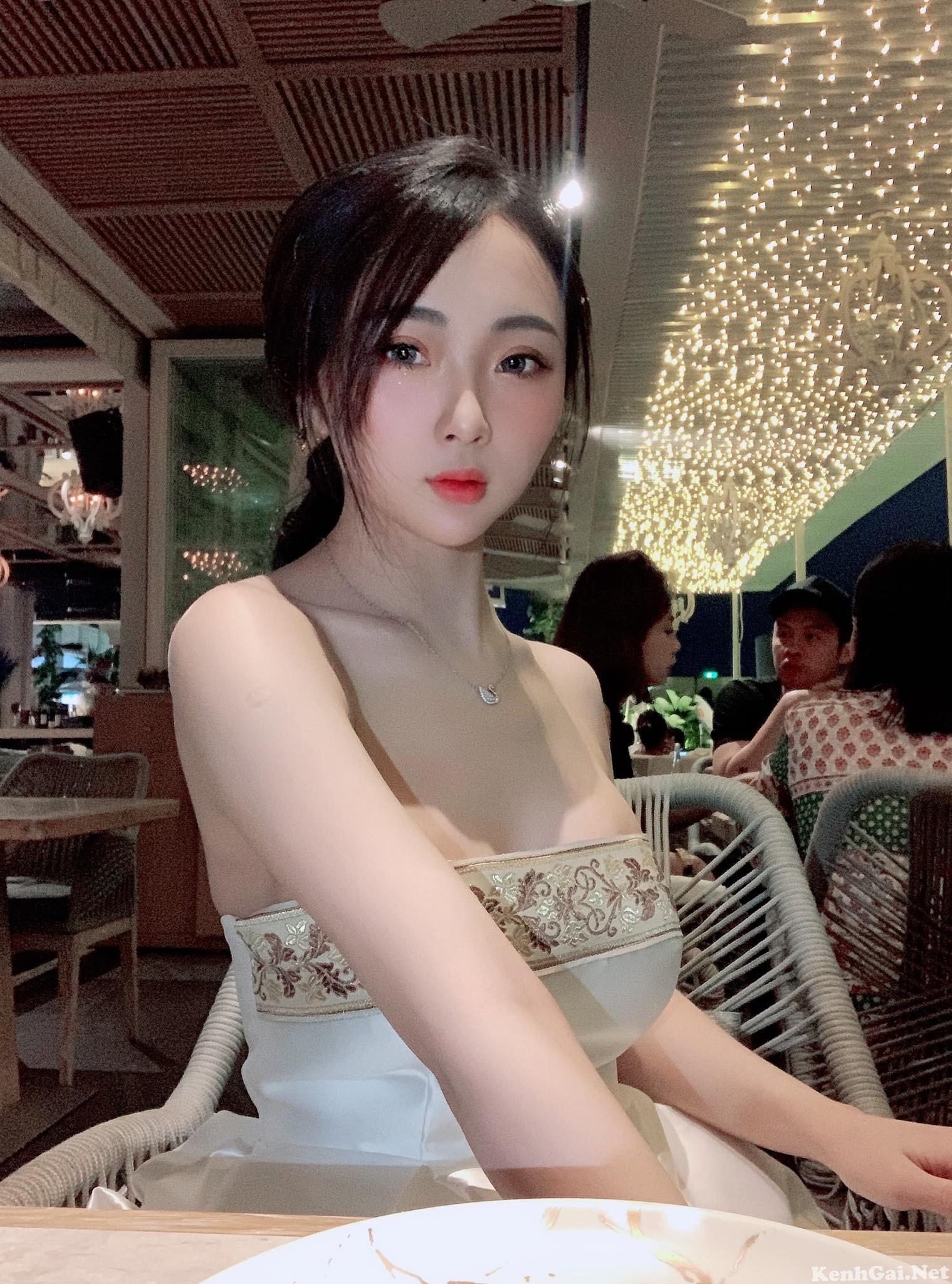 Model Thảo Sue   E-CUP