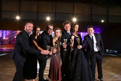 Durante a festa, Lucas, Elisa, Junior, Beca, Bertolazzi, Chris e Robson - Crédito: Victor Silva/SBT